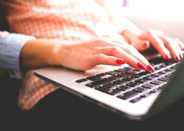 Rezerwacje online – oszczędność czasu i pieniędzy