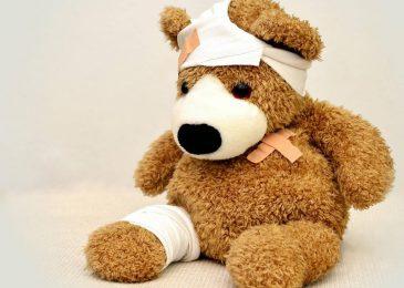 Dezynfekcja ran w domowych warunkach – jak uniknąć zakażenia?