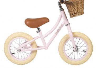 Rowerek biegowy Banwood – idealny prezent dla dziecka na każdą okazję!